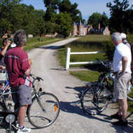 The castles of Beauregard & Cheverny by bike