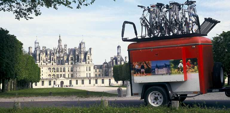 Bike tour around the castles of Blois and Chambord
